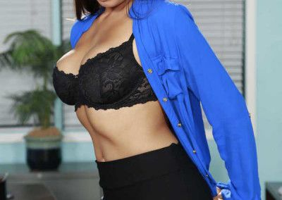 Mercedes Carrera I Hired My Daughter's Boyfriend 021-0074