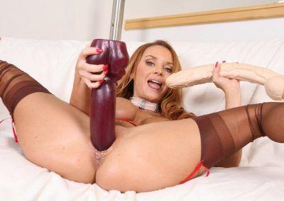 Janet Mason Big Toys (84)