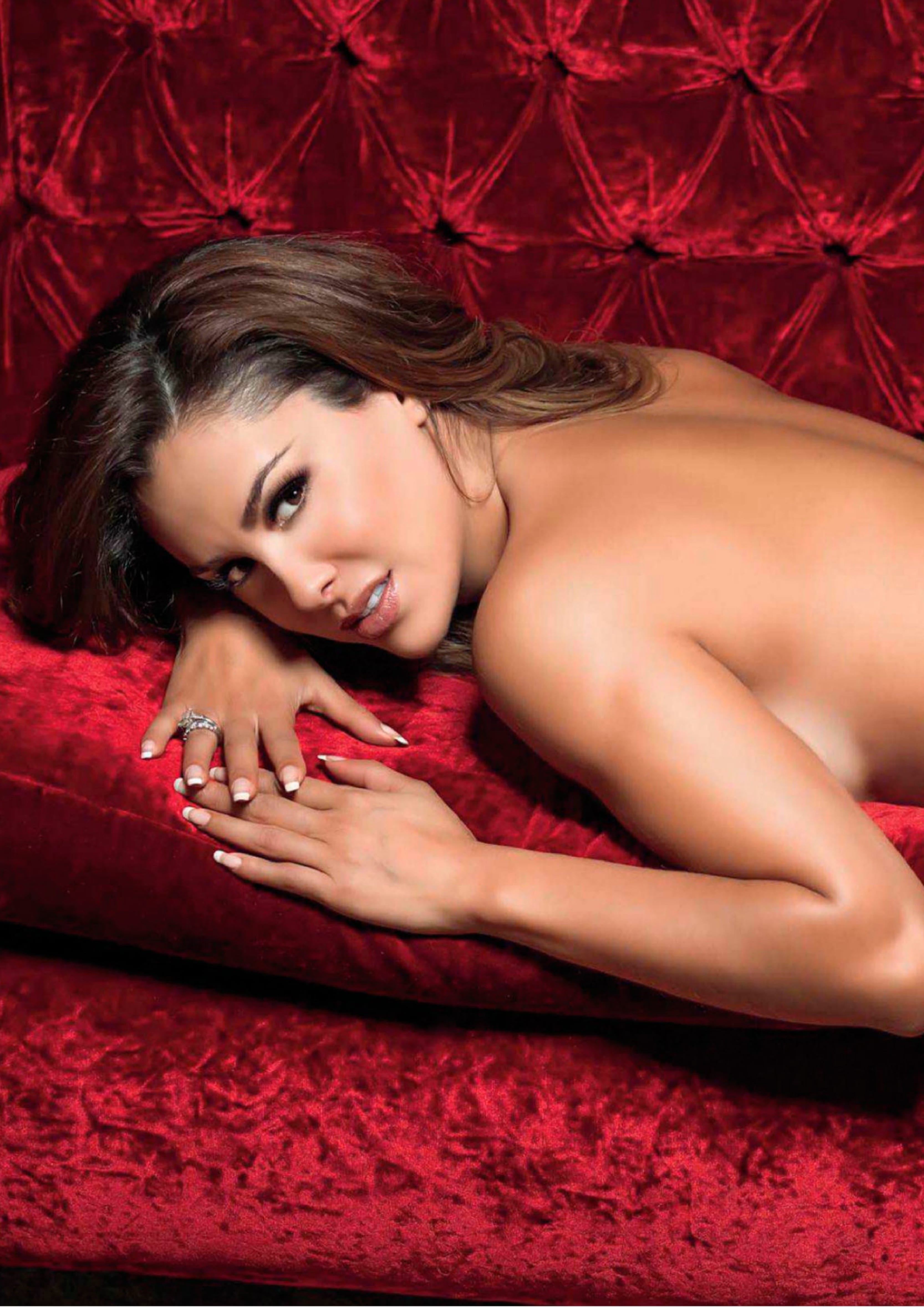 ninel-conde-nude-video-xxx-woman-using-strapon-dildo