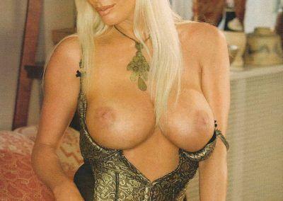 Playboy Venezuela Amas de Casa Ardientes 2 (10)