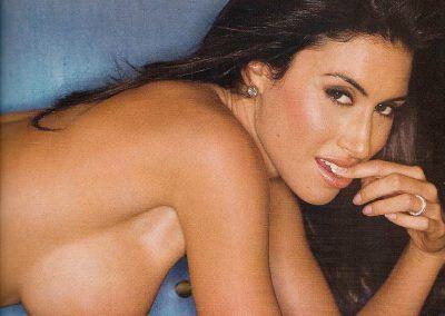 Playboy Venezuela Amas de Casa Ardientes 2 (15)