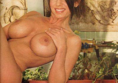 Playboy Venezuela Amas de Casa Ardientes 2 (27)