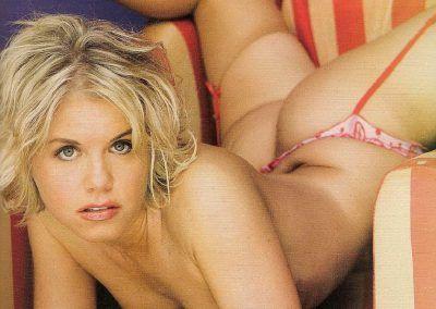 Playboy Venezuela Amas de Casa Ardientes 2 (45)