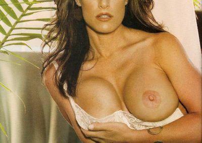 Playboy Venezuela Amas de Casa Ardientes 2 (64)