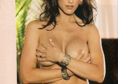 Playboy Venezuela Amas de Casa Ardientes 2 (66)