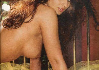 Playboy Venezuela Amas de Casa Ardientes 2 (81)