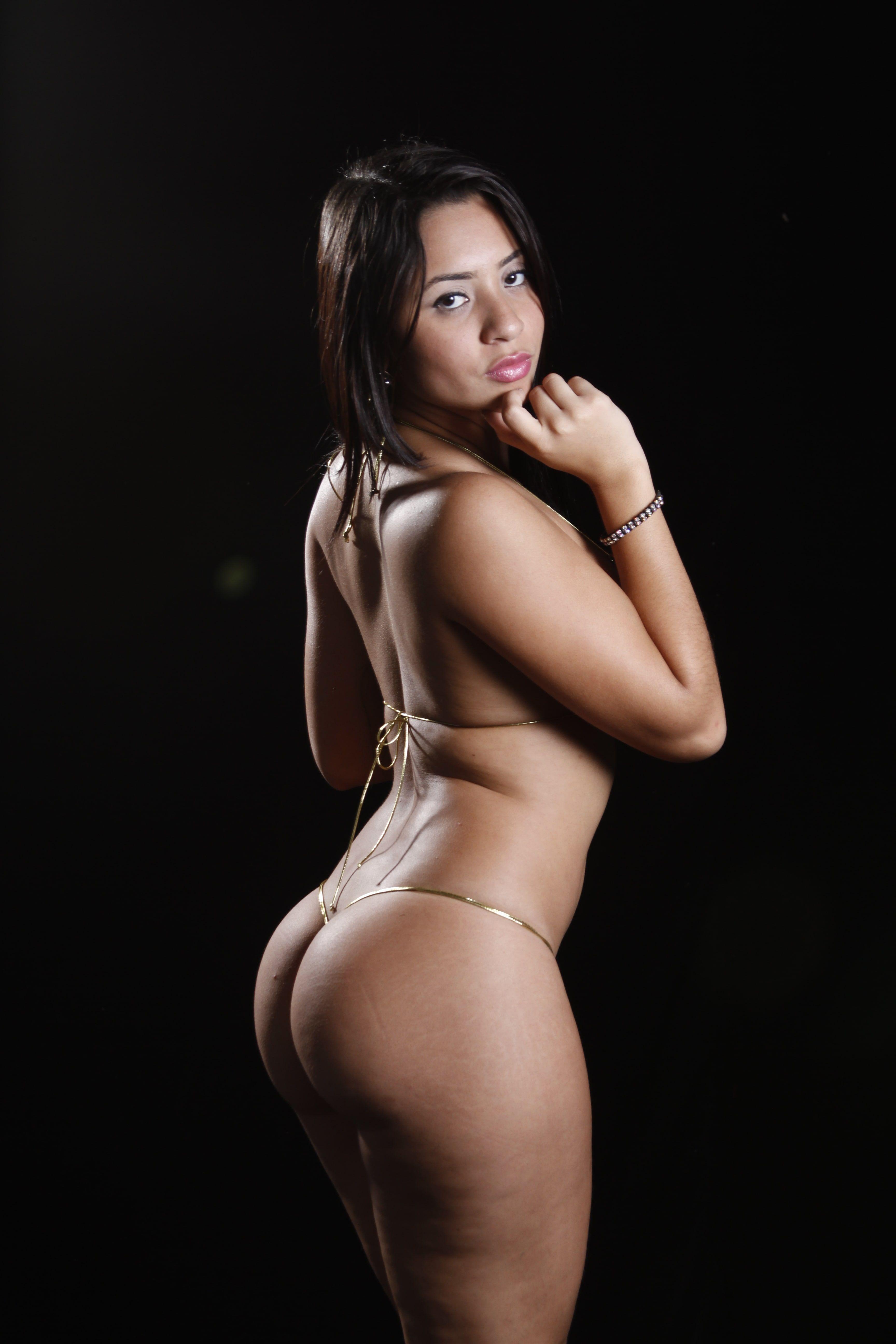 Yorcis Lopez y sus Exoticos Bikinis