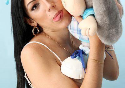 Johana Viana, consentida y traviesa (25)