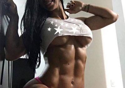 Ana Cozar luce su impactante glúteos (13)