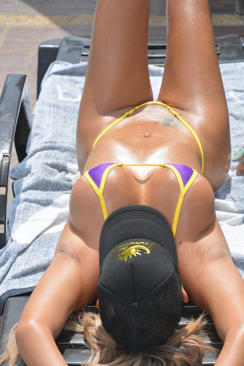 Elena Bayona y su cuerpazo en bikini
