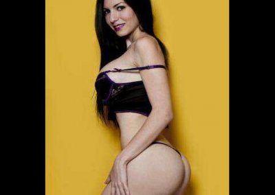 Gaby Azam una bomba muy sexy (23)