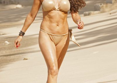 Lizzie Cundy Bikini cameltoe on holliday in Barbados (6)-min