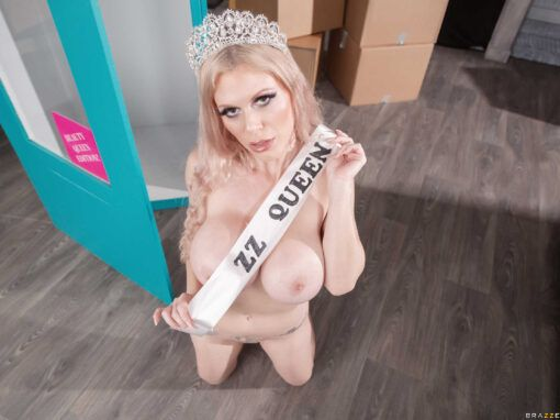 Casca Akashova All Dolled Up – Beauty Queen Edition